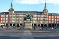 Panorama_Madrid_Plaza_Major_01-460x355.jpg